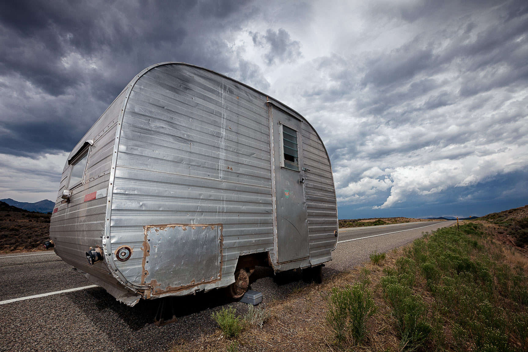 Route 284 in Colorado - a trailer just sitting there abandoned in the middle between there and here. : Visiting Mom : NY - Portrait Photographer Video, Architectural, Corporate Editorial Location Photography