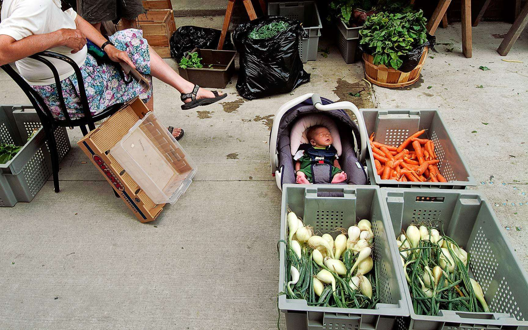 Outdoor organic farmers market Orange County, Massachusetts : On The Road : NY - Portrait Photographer Video, Architectural, Corporate Editorial Location Photography